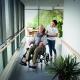 Komfortní vozík invacare rea azalea – mírně použitý
