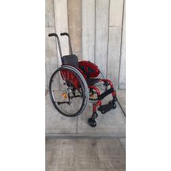 Aktivní invalidní vozík Quickie // 36 cm // MF