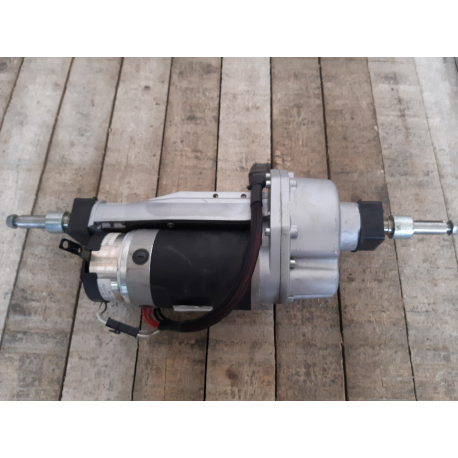 Motor pro elektrický invalidní skútr Pride Luna .