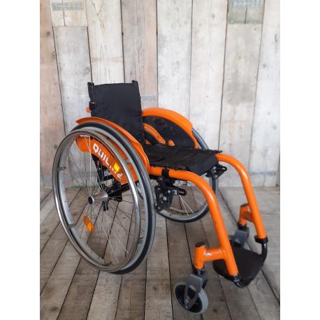 Aktivní invalidní vozík Quickie Argon // 26 cm // VF